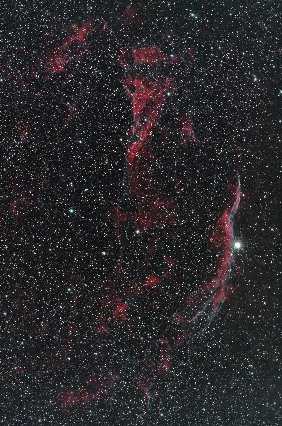 網状星雲西側