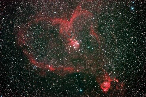 IC805 ハート星雲